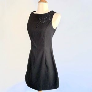 City Triangles Y2K Embroidered Vintage Dress